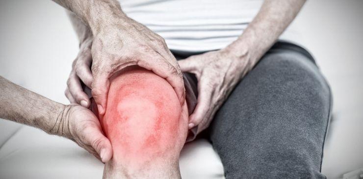 knee injections vs. stem cell.jpg